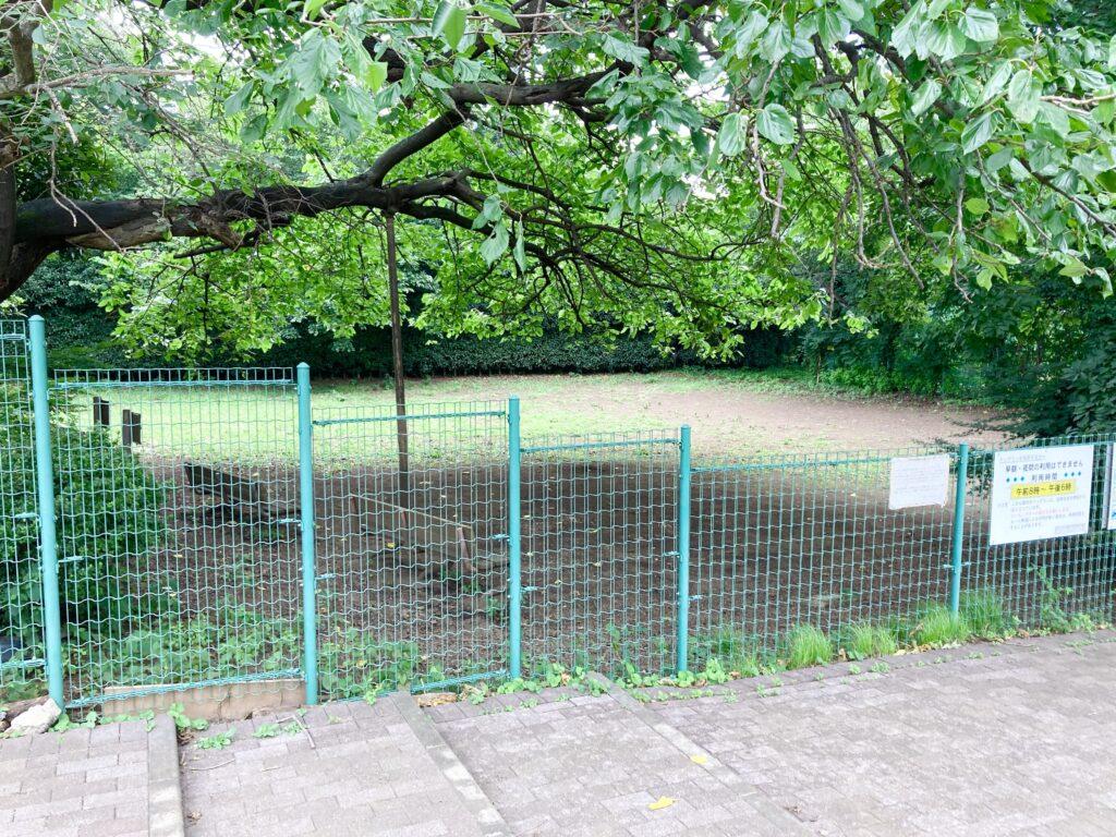 武蔵川公園のドッグラン外観